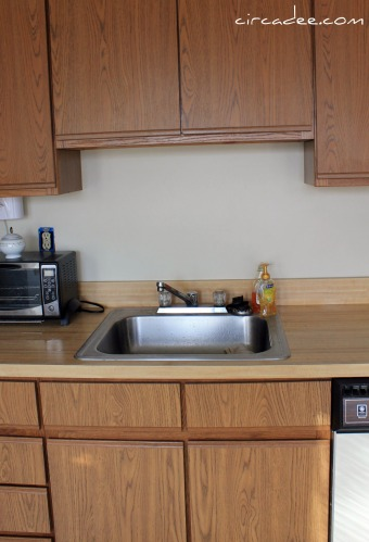 painting wood veneer kitchen cabinets remodelaholic how to install a pallet wood back splash 24562
