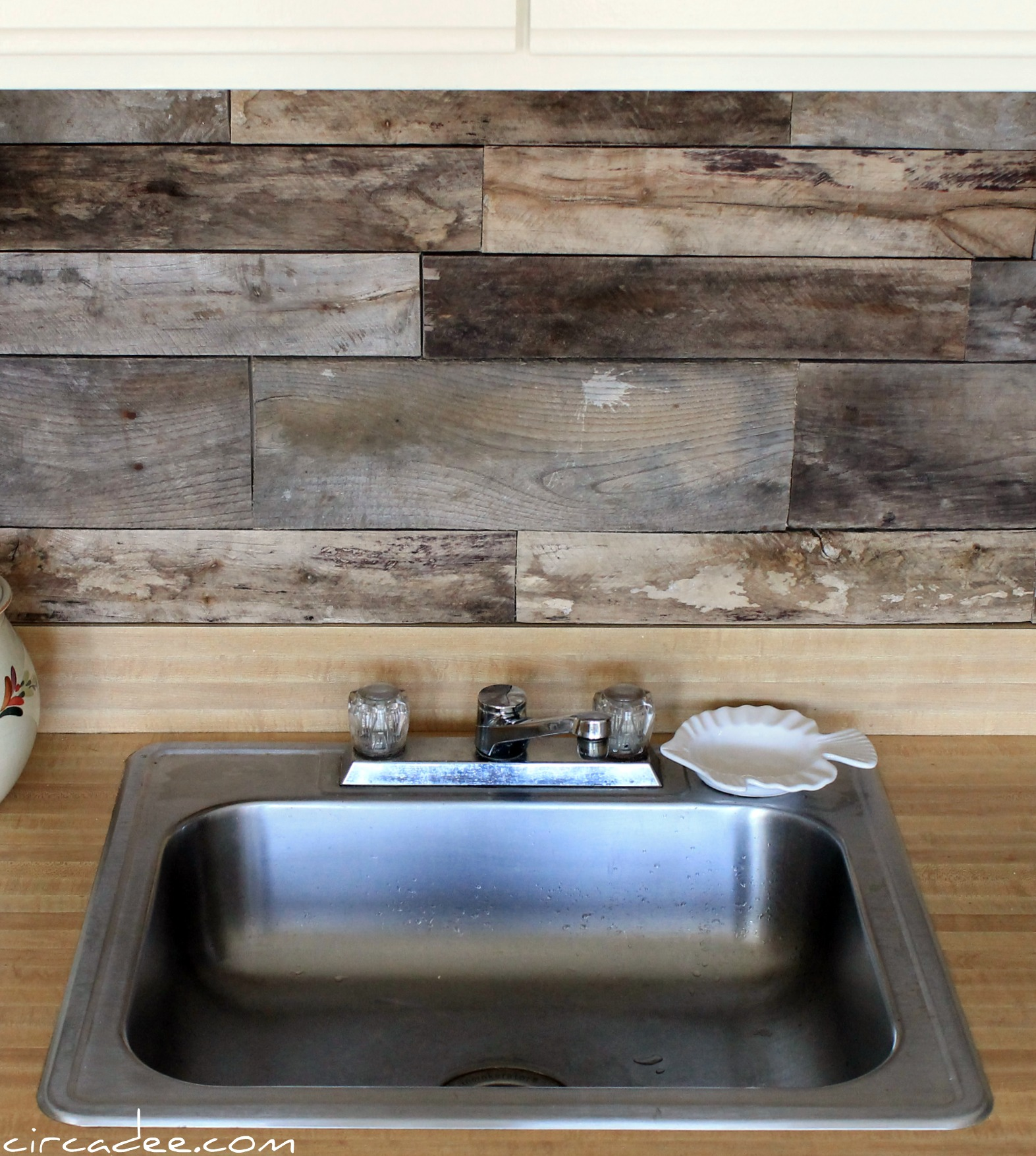 Remodelaholic How To Install A Pallet Wood Back Splash