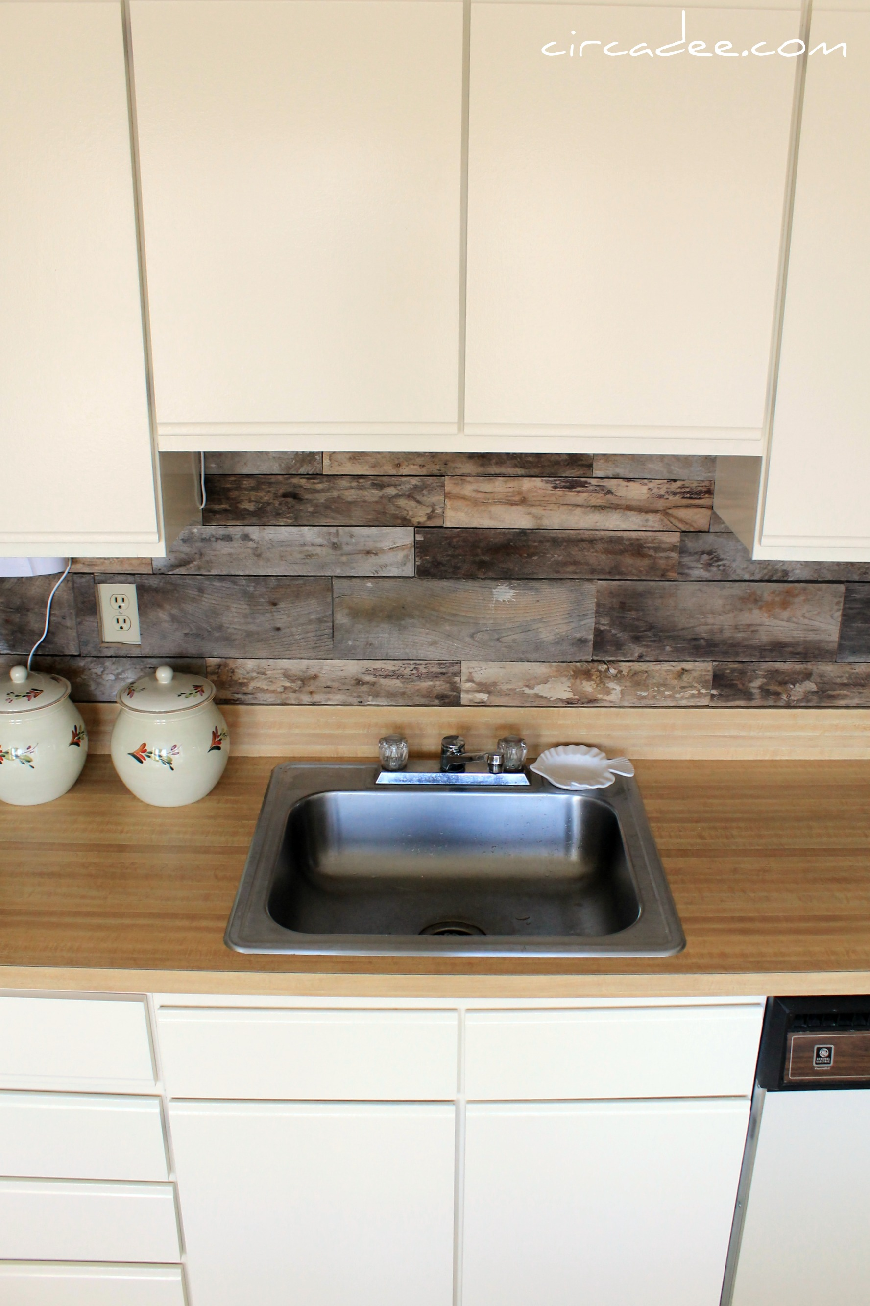 Last Week We Spent Some Time Focusing On The Dated Galley Kitchen In Cape  May. The Cabinets, Appliances, Countertop And Backsplash Were All Very Late  80u2032s ...