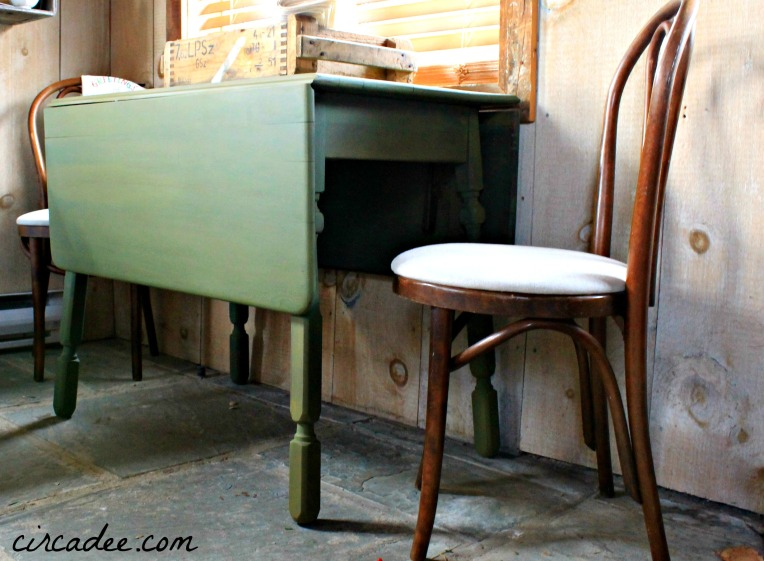 Boxwood Drop Leaf Table