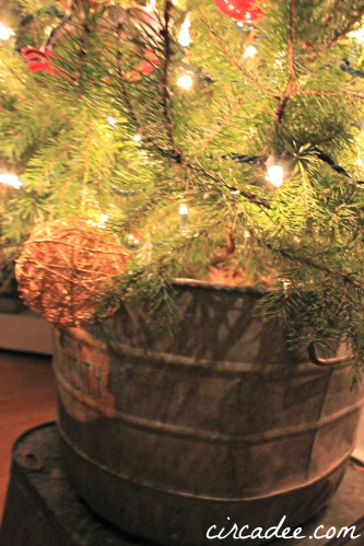 ball & burlap Christmas tree galvanized tub