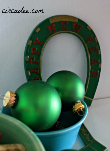Christmas vignette: vintage painted horseshoe