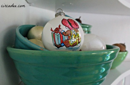 Christmas vignette: vintage mixing bowl collection & girl ornament