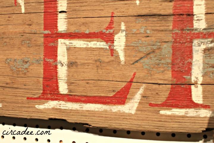 weathered DIY Lobster sign