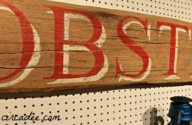 weathered DIY Lobster sign