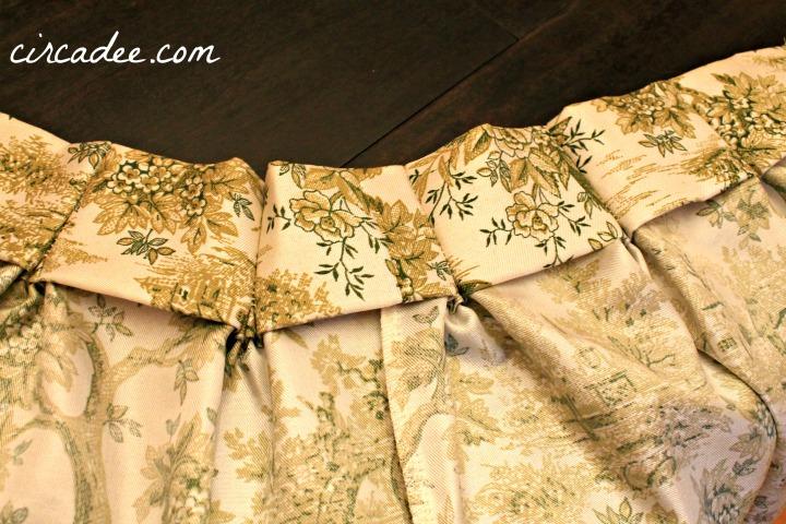 back of drape pleats