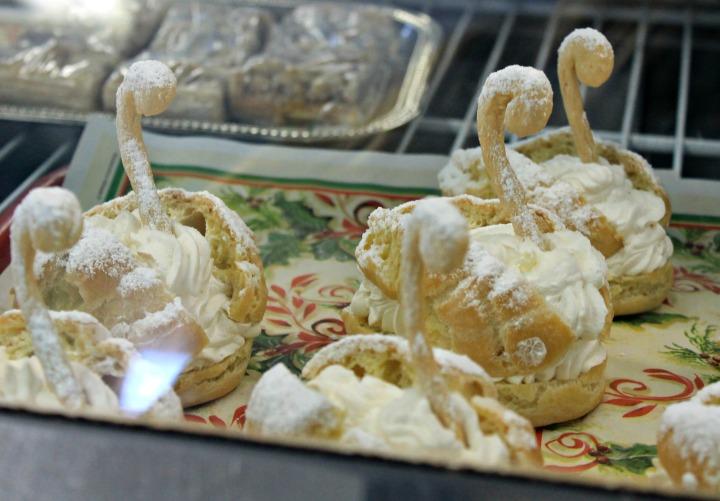 swan pastries