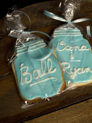 ball mason jar cookie favors