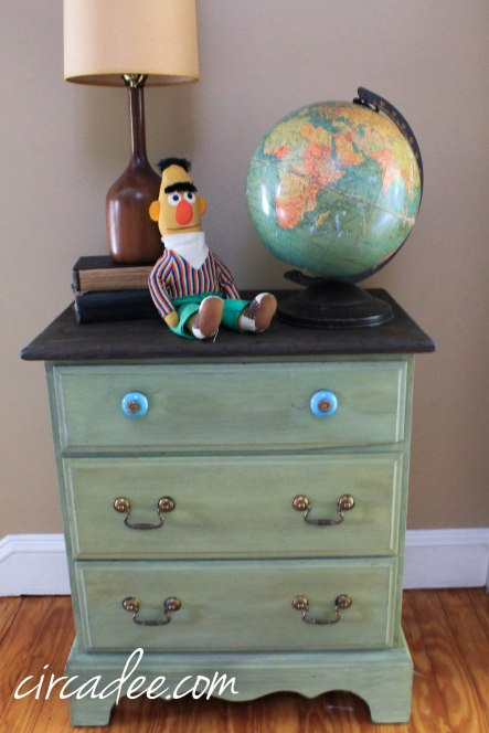 lucketts green milk paint chest (5 of 30)
