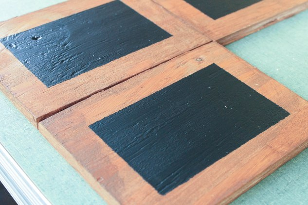DIY chalkboard table easel