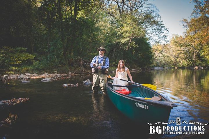 Mess the Dress canoeing - Photo credit: BG Productions