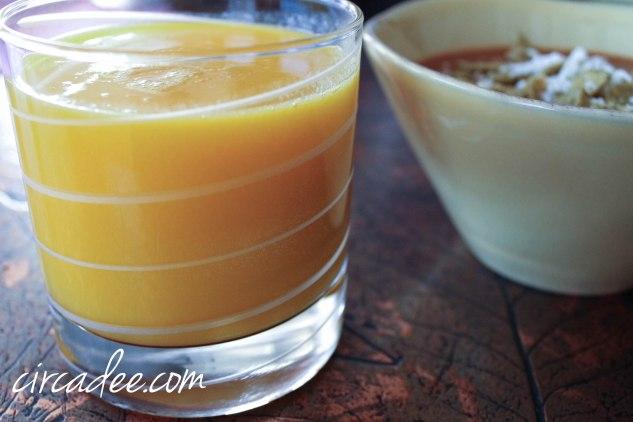 freshly squeezed mango juice
