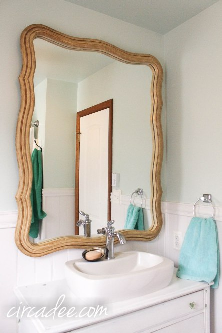 DIY Vintage Cottage Style Bathroom