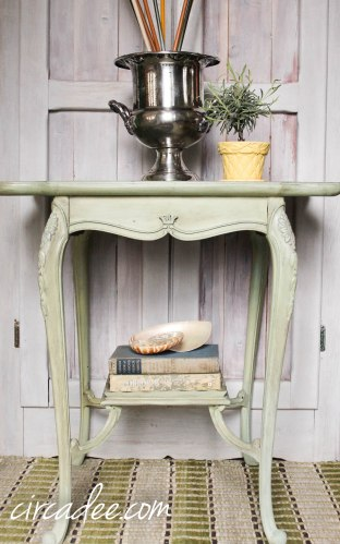 lucketts green over trophy milk paint with antiquing wax #mmsmp