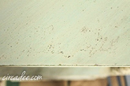 creating chippy texture with milk paint-4088