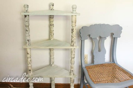 creating chippy texture with milk paint-4091