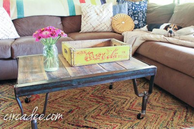 industrial pallet coffee table-4223