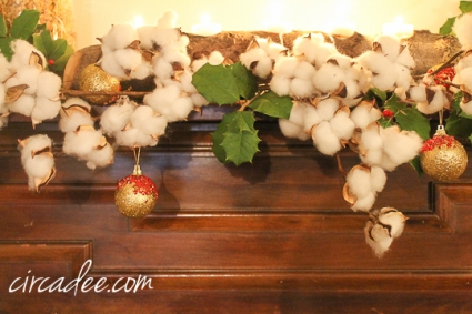 cotton & holly Christmas garland