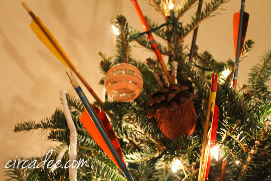 vintage arrow ornaments