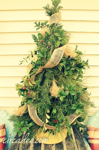 DIY mixed greens Christmas tree