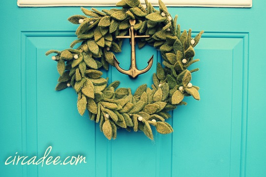 holiday door decor-5229 PM