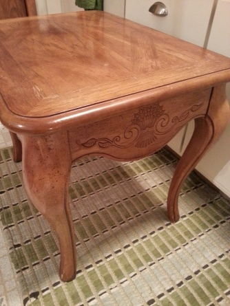 90s end table before