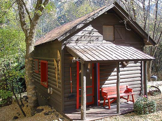 CO tiny house cabin