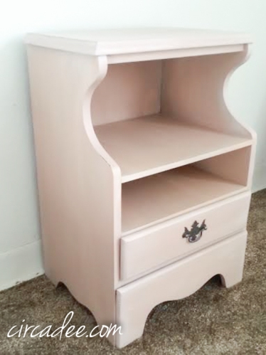 Arabesque Nightstand- Miss Mustard Seed's Milk Paint