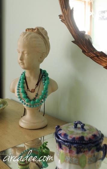 vintage jewelry bust