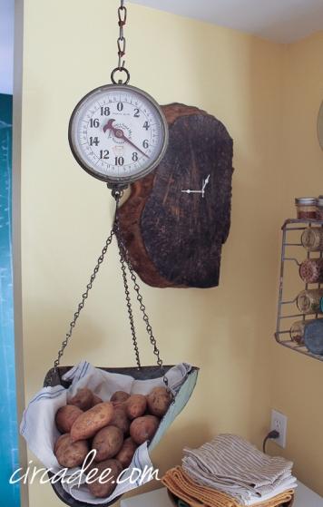 vintage produce scale