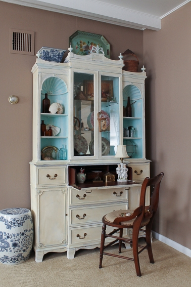 beach cottage china closet