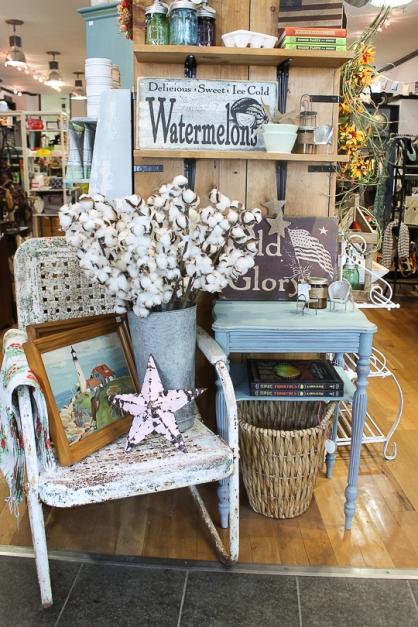 Circa Dee vintage home retail merchandising