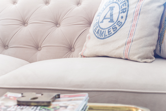 tufted white Chesterfield sofa