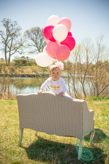 using vintage props for a 1st birthday photoshoot-8216