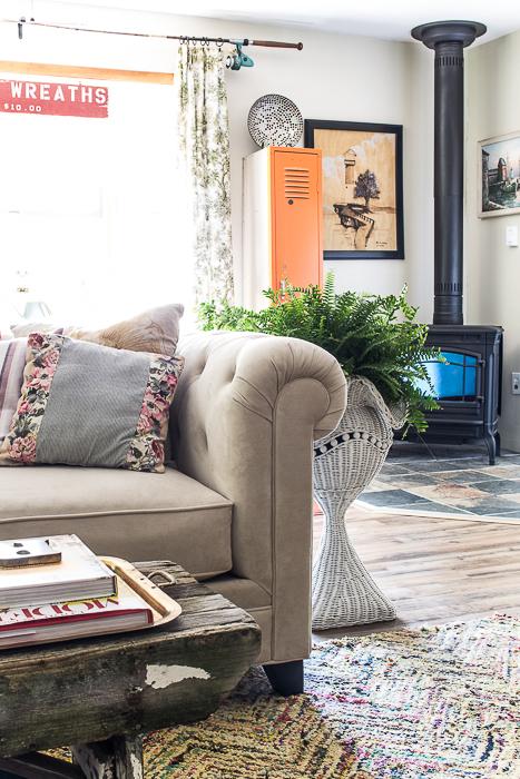 woodstove vintage living room-500