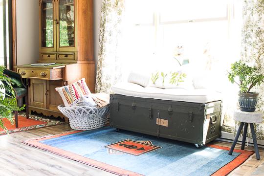 vintage kilim rug window seat-505