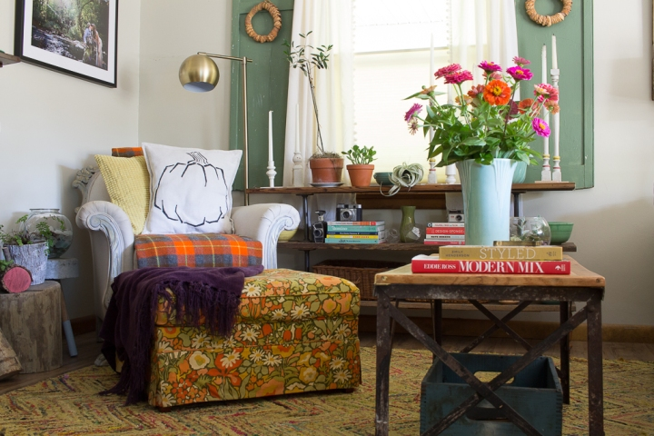 vintage collected fall living room-16-650